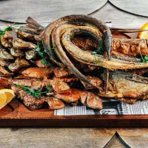 ассорти жареной рыбы